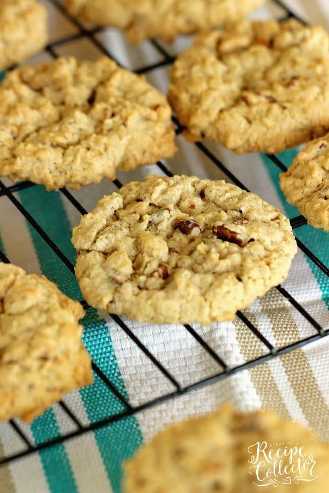 Oatmeal Toffee Pecan Cookies