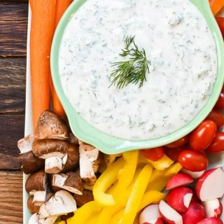 Vegetable Platter with Herbed Greek Yogurt Dip