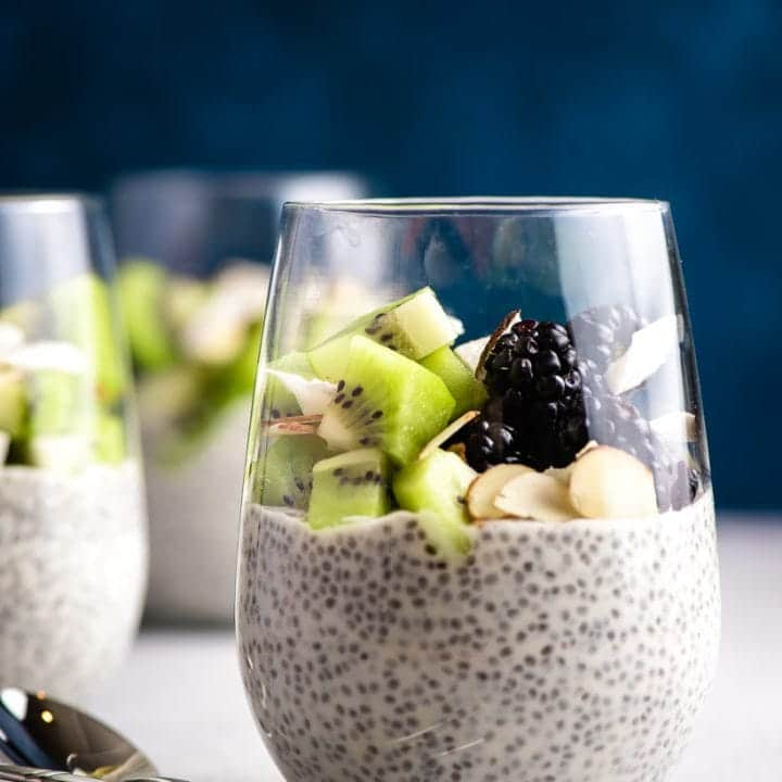 Overnight Chia Pudding with Fruit