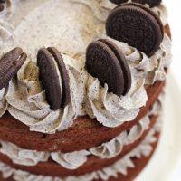Oreo Cake - An Easy Chocolate Cookies & Cream Layer Cake Recipe!