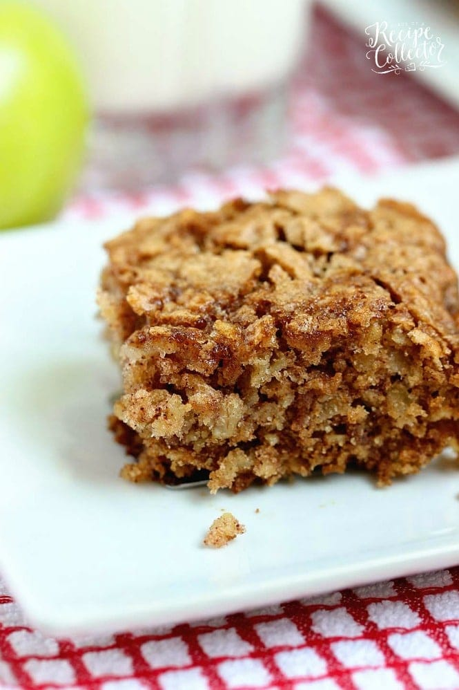 Apple Oatmeal Breakfast Cake - Diary of a Recipe Collector