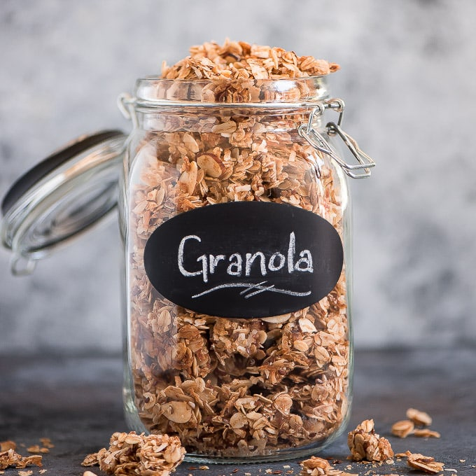 Breakfast:The BEST Homemade Granola- Garnish & Glaze