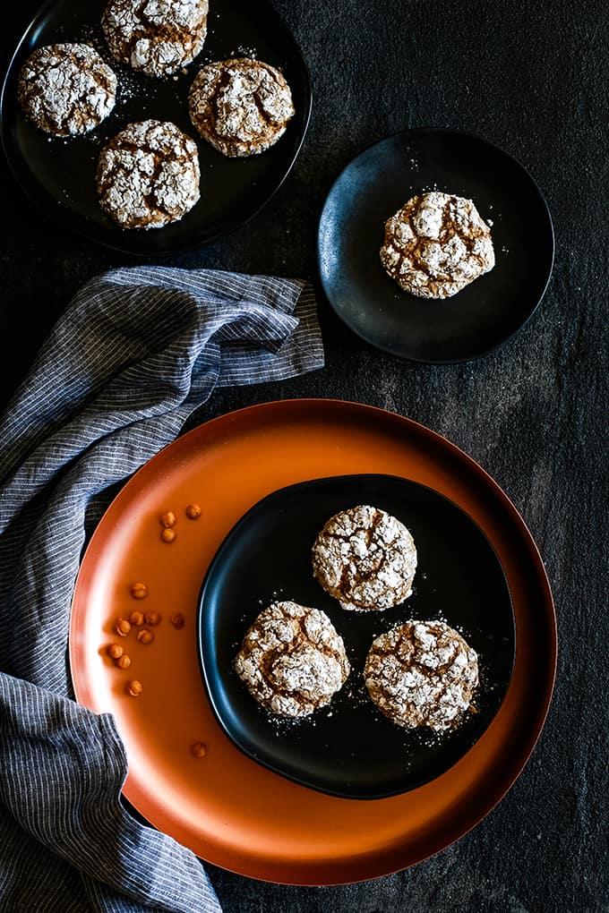 Caramel Pumpkin Spice Crinkle Cookies