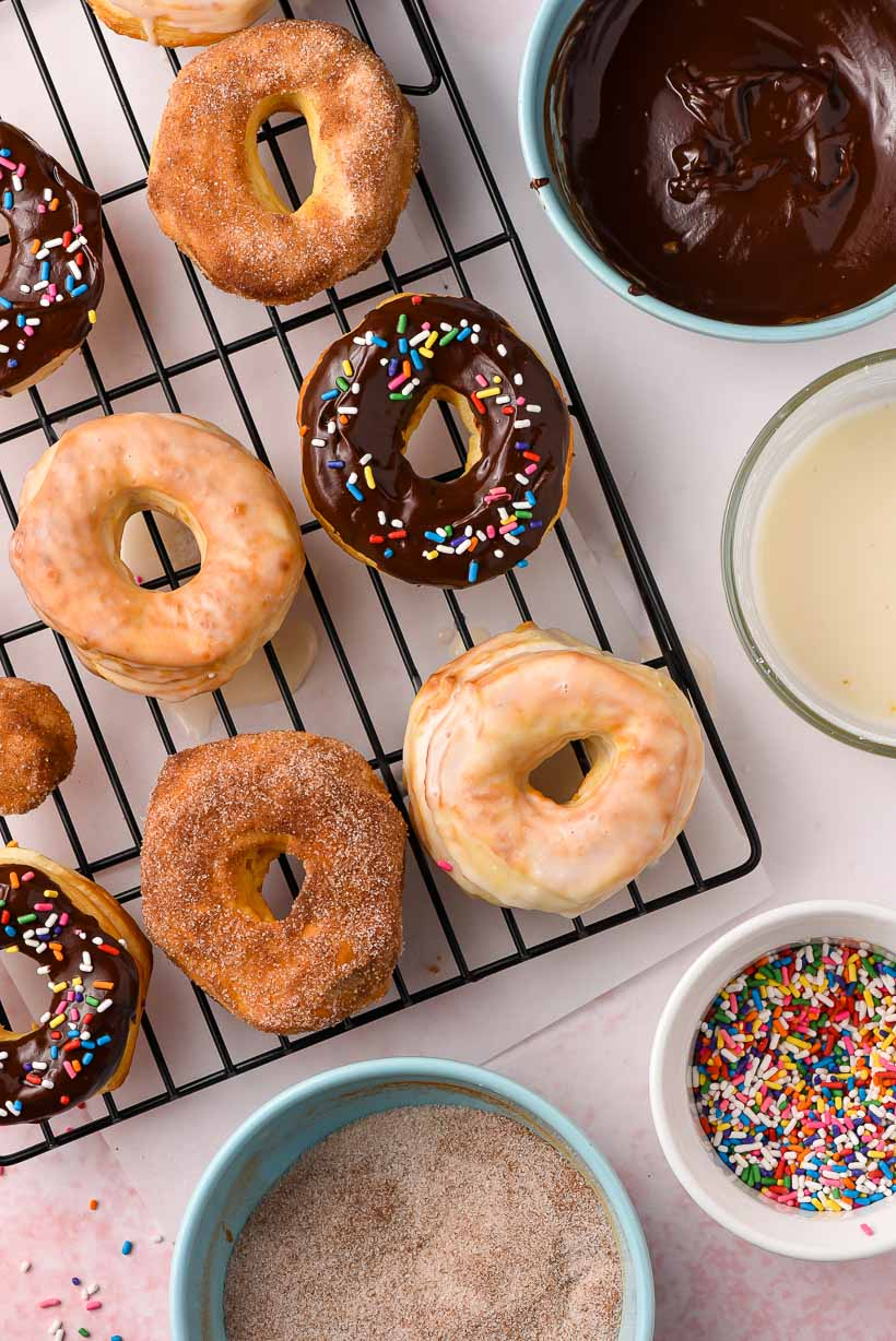 air fryer donuts with cinnamon sugar