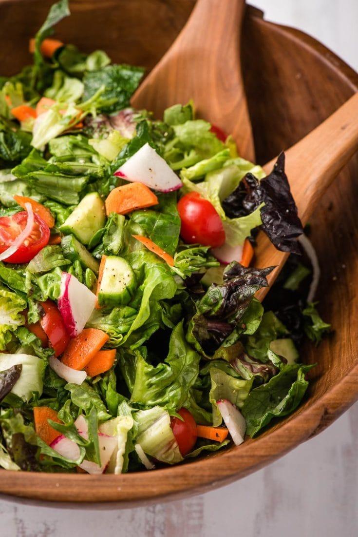 Easy Garden Salad Recipe   NeighborFood
