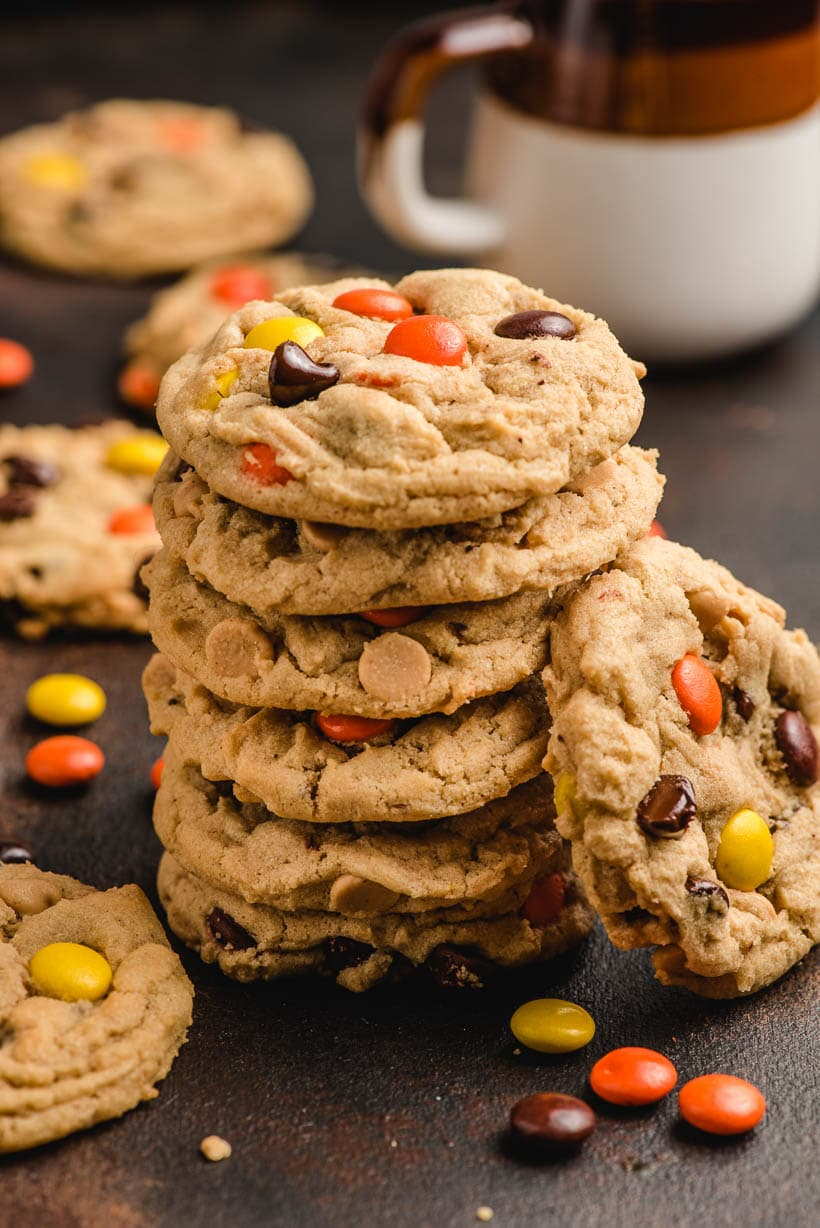Peanut Butter Cookies With Chocolate Chips And Reese S Pieces