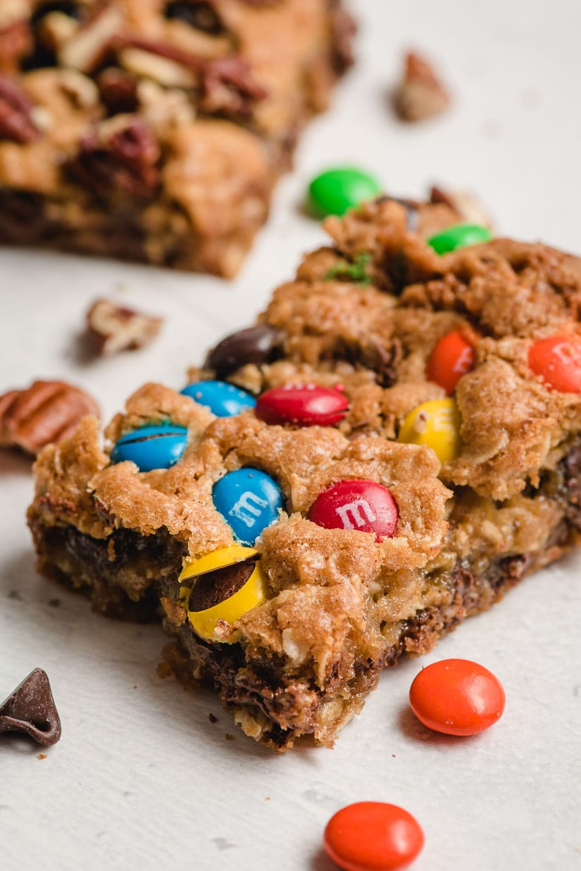 slice of oatmeal cookie bar with M&Ms